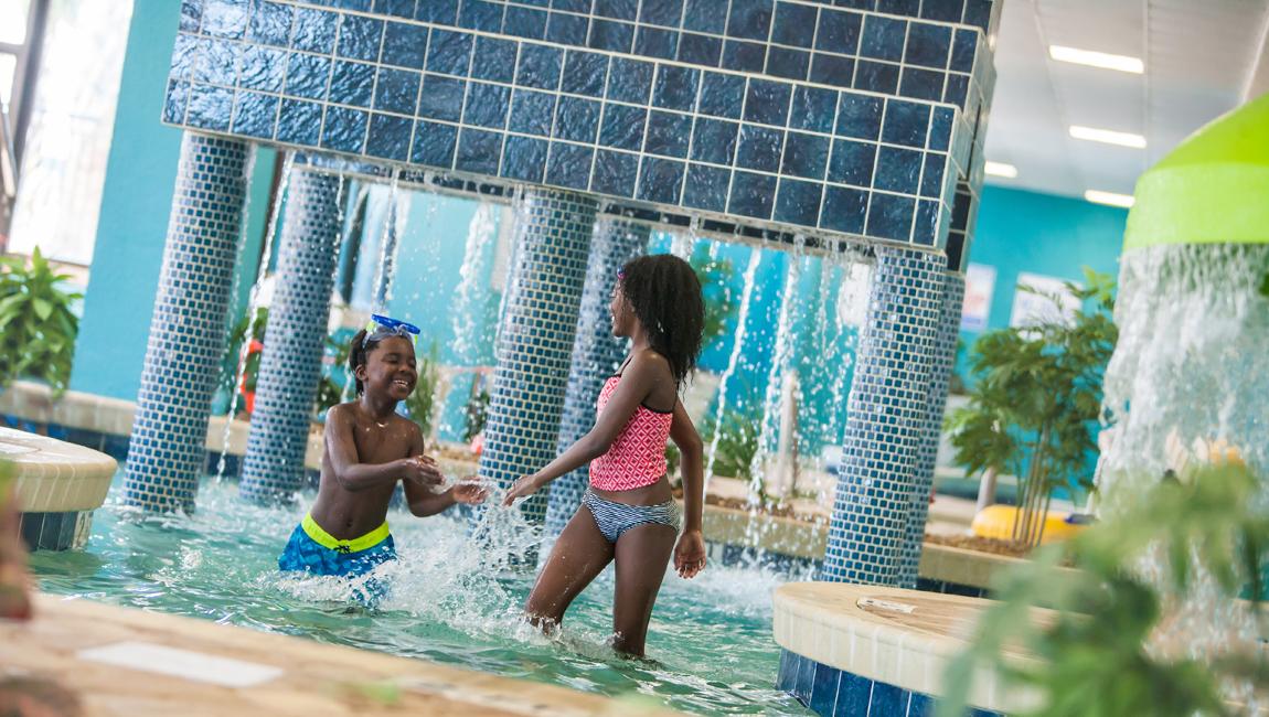 Kids in indoor kiddie pool